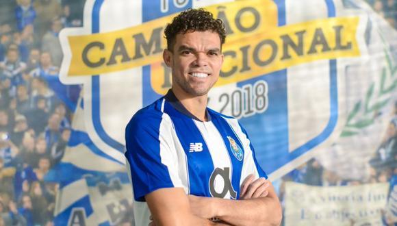 Pepe es nuevo futbolista del cuadro portugués hasta el 2021 (Foto: @FCPorto).