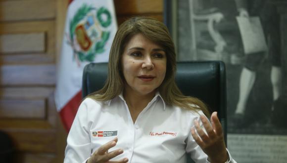 La ministra de Salud, Elizabeth Hinostroza, recibió a este Diario en su despacho.