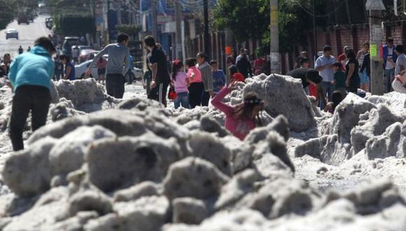 Una inusual granizada cubrió algunas áreas de la zona metropolitana de Guadalajara. Foto: AFP, via BBC