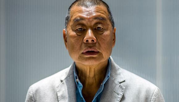En esta foto de archivo tomada el 16 de junio de 2020, el millonario magnate de los medios Jimmy Lai, de 72 años, posa durante una entrevista con AFP en las oficinas de Next Digital en Hong Kong. (Anthony WALLACE / AFP).