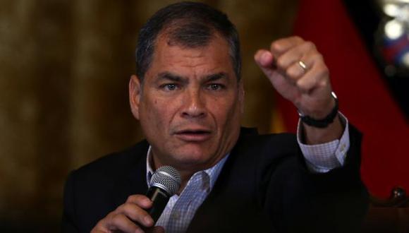 Correa echa a jefe militar por hablar de fallas en elecciones