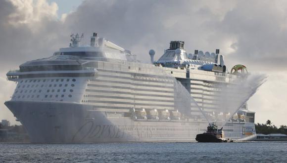 El crucero Odyssey of The Seas de Royal Caribbean llega a Port Everglades el 10 de junio de 2021. (Joe Raedle / Getty Images / AFP).