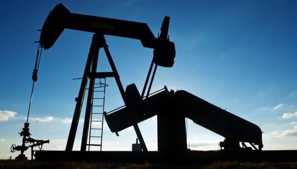 El petróleo cae por debajo de los US$50  - 1