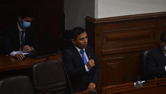 Congresista Gonzales podría ser privado de su libertad por tres años por no haber cumplido con la pensión de su menor hijo. (Foto: Facebook)
