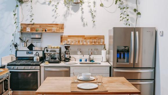 A más consumo de alimentos en casa, mayor debe ser la frecuencia de limpieza de los electrodomésticos. (Foto: Charlotte May / Pexels)