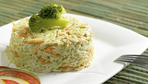 Timbal de arroz integral y brócoli