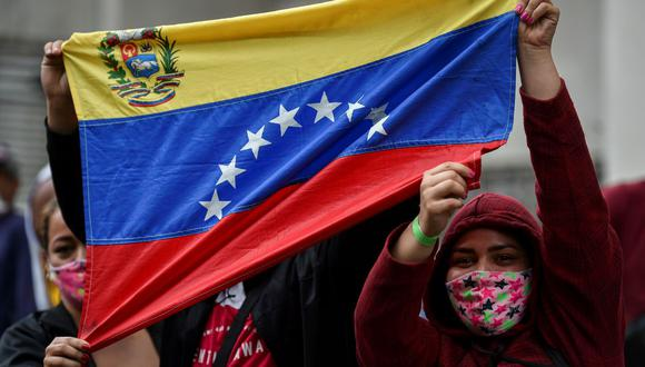 Conozca aquí el precio del dólar en Venezuela este domingo 01 de noviembre de 2020. (Foto: AFP)