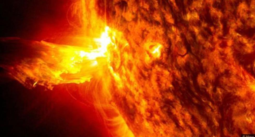 El Sol produce un aluvión constante de partículas de alta energía conocidas como viento solar, que pueden subir y bajar con la actividad de nuestra estrella. (Foto: NASA)