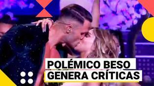 El artista del año: Fabio Agostini besa a Paula Manzanal y recibe críticas en las redes sociales