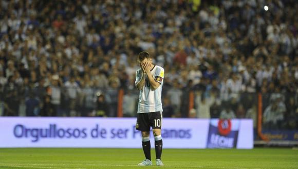 Tapándose el rostro. (Foto: AFP)