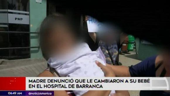 Madre contó que el caso ocurrió hace un mes en el nosocomio (Captura: América Noticias)