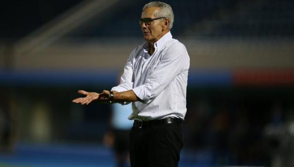 Gregorio Pérez, entrenador de Universitario. (Foto: Agencias)