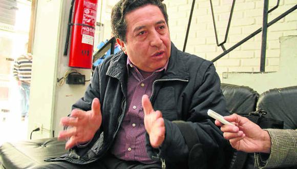 Pedro Morales lleva en su trayectoria 14 postulaciones. Su hijo también postula al Parlamento.