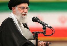 El ayatola Alí Jamenei dice que el acuerdo de paz de EE.UU. morirá antes que el propio Trump