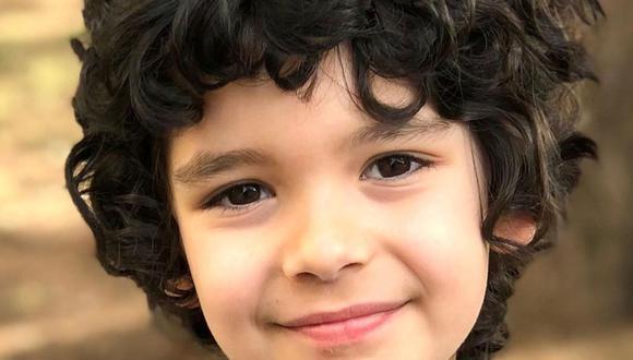 """Adin Külçe, el pequeño que interpreta a Ali Vefa de niño en """"Doctor Milagro"""". (Foto: adinkulceofficial)"""