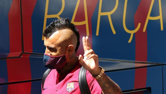 Arturo Vidal tiene contrato con el Barcelona hasta junio del 2021, pero ahora deberá buscarse otro equipo. (Foto: Reuters)