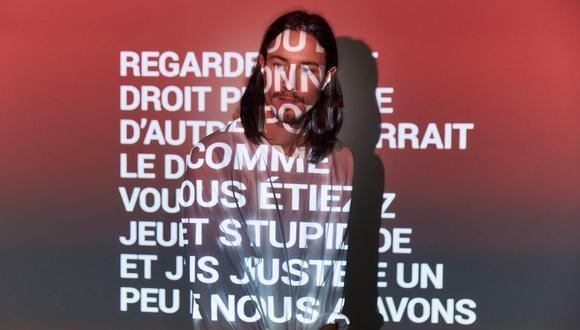 William Hellström, vocalista de Vita Bergen, con el texto de la versión de su canción tras ser traducida al francés con Google Translate. (Foto: Google)