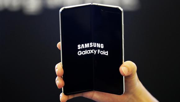 ¿Te comprarías esta nueva versión? Celular flexible podría salir antes que el Note 20. (Foto: Samsung)