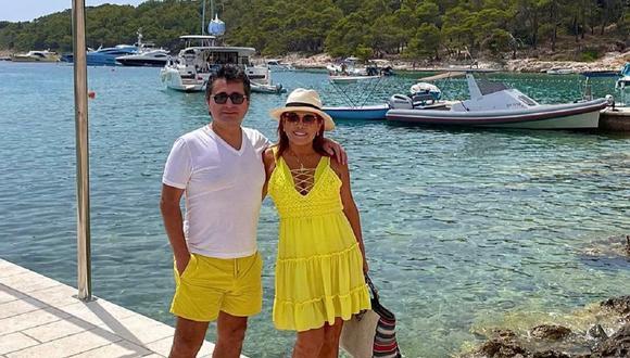 Alfredo Zambrano, esposo de Magaly Medina, brindó mini concierto en isla de Croacia. (Foto: @magalymedinav).