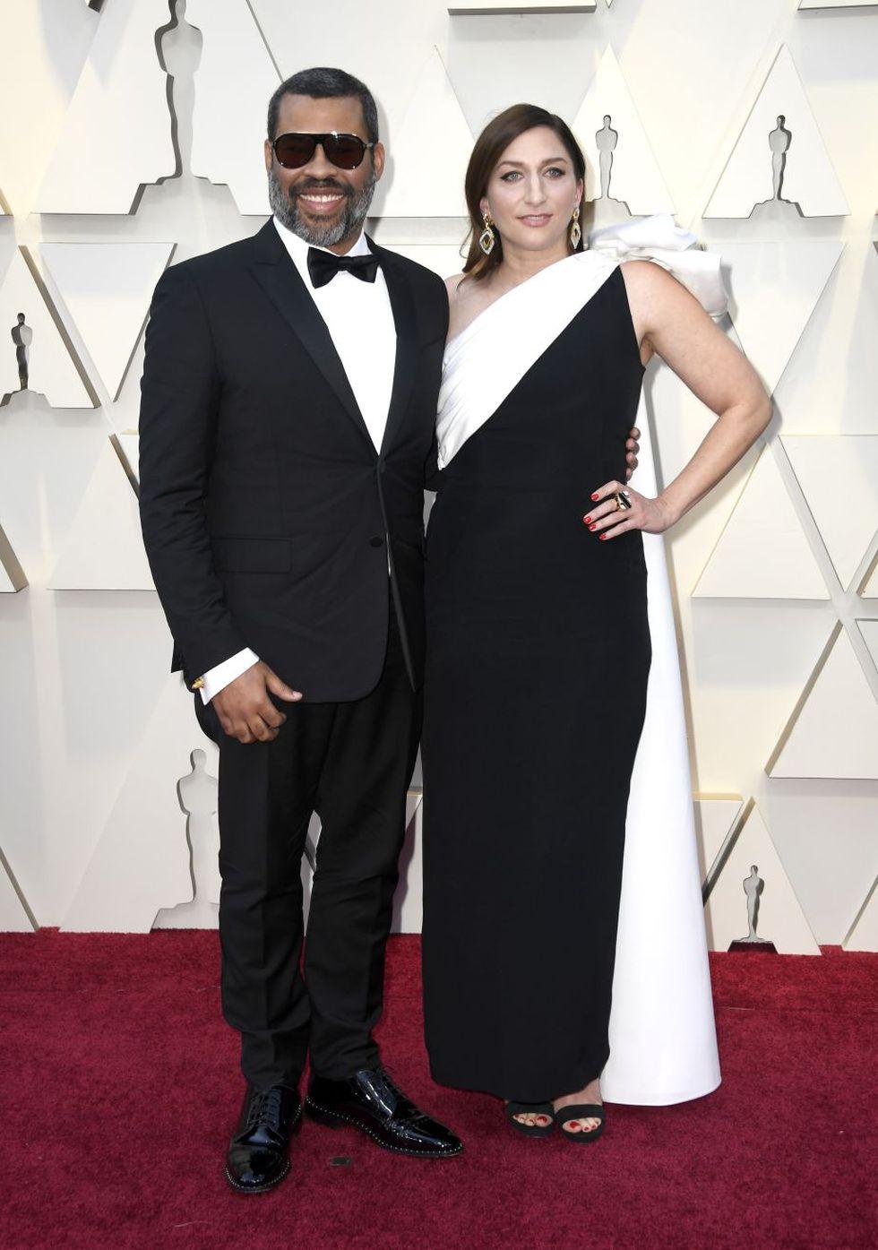 El director Jordan Peele y su esposa, Chelsea Peretti (Foto: AFP)