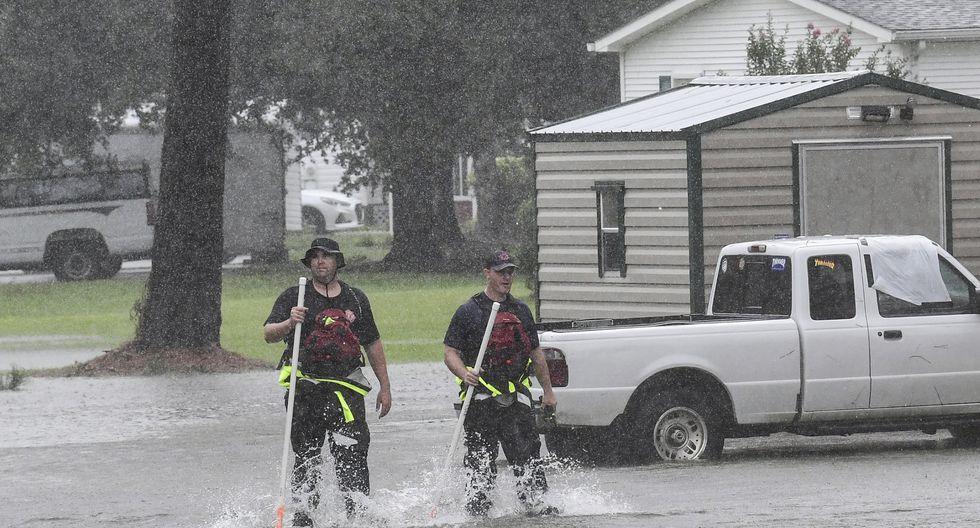 El huracán Dorian viene azotando con fuertes vientos e inundaciones a Carolina del Sur. Foto: AP