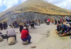 Cusco: comuneros de Velille bloquean corredor minero en protesta contra la empresa Las Bambas | VIDEO