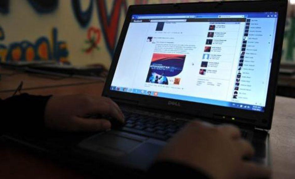 India: Gobierno bloquea internet para evitar copias en examen