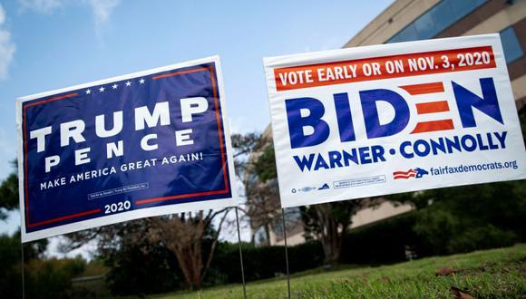 Foto de archivo de carteles en respaldo a los candidatos a la presidencia de Estados Unidos, Donald Trump y Joe Biden, en Fairfax, Virginia. (Foto: REUTERS/Al Drago).