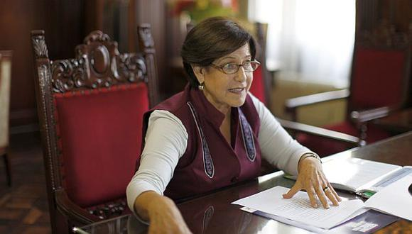 Susana Villarán usa su oficina como local partidario