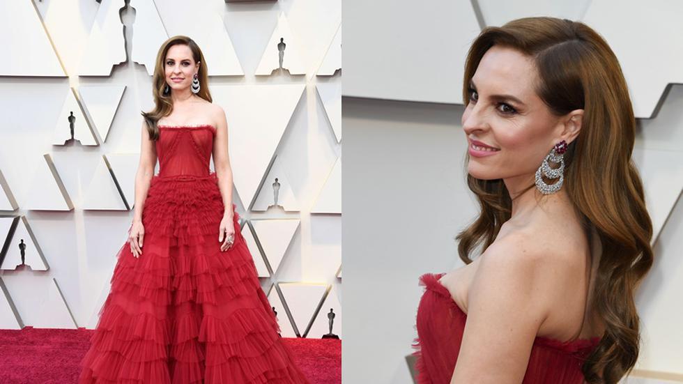 La actriz mexicana Marina de Tavira posa a su llegada a la alfombra roja de los Premios Oscar, este domingo, en Hollywood, California. Foto: EFE