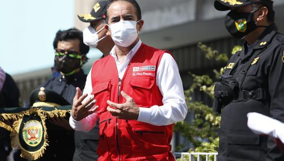 Reiteró que va a acelerar el egreso de suboficiales y oficiales de las escuelas de la Policía Nacional para cubrir la cantidad de agentes infectados y fallecidos a consecuencia del COVID-19. (Foto: Violeta Ayasta/GEC)