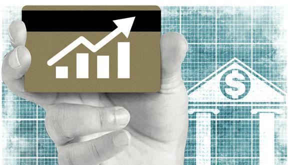 """""""Lo que hace el límite a las tasas de interés es restringir el acceso al crédito a los clientes operativamente más costosos, es decir, cuyos préstamos son más pequeños y de corto plazo"""", sostuvo Guillermo Palomino, vicepresidente de la edpyme Inversiones La Cruz. (Fuente: Raúl Rodríguez)"""