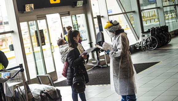 El MTC informó que están habilitados los vuelos entre Lima y las regiones clasificadas con niveles de alerta muy alto, alto y moderado.(Foto: AFP)
