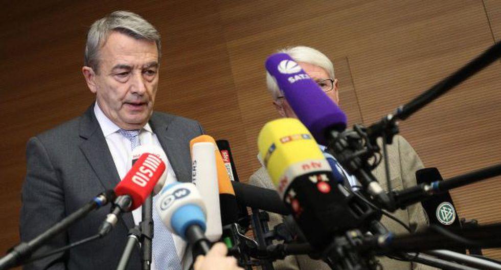 Presidente de fútbol alemán dimite tras escándalo de corrupción - 2