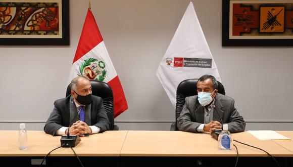 Maraví se reunió con el ministro saliente, Javier Palacios. (Foto: MTPE)