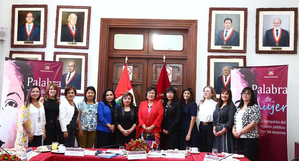 Las mujeres que participaron en el conversatorio (Foto: Hugo Curotto/GEC)