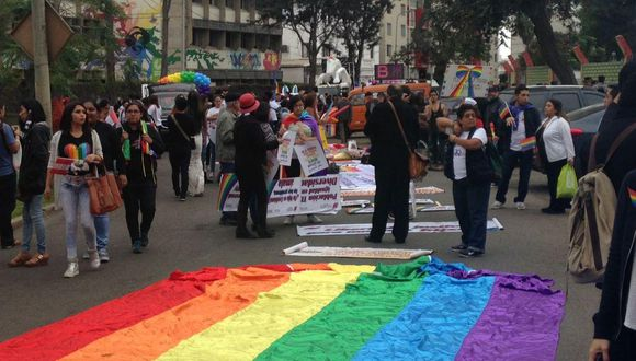 Esta información forma parte de la Primera Encuesta Virtual para Personas Lesbianas, Gays, Bisexuales, Trans e Intersex (LGBTI) realizada a 8.630 voluntarios y voluntarias entre 18 y 29 años de edad y 3.396 de 30 años a más. (Foto: archivo)