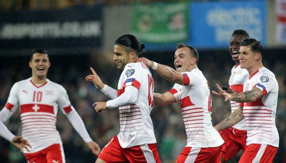 Suiza empató sin goles en Basel con Irlanda del Norte y este resultado les bastó para acceder al próximo Mundial. En la ida vencieron 1-0. (Foto: EFE)