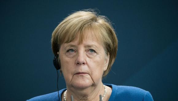 La canciller alemana, Angela Merkel, habla durante una conferencia de prensa conjunta con el primer ministro de Irak, Mustafa al-Kadhimi en la Cancillería de Berlín el 20 de octubre de 2020 (Foto de STEFANIE LOOS / varias fuentes / AFP).