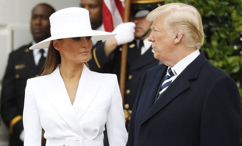YouTube: El bochornoso desplante que Melania hizo a Donald Trump. (Foto: AFP)