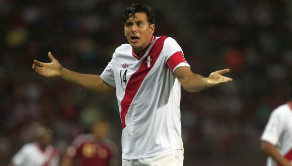 Casi el 70% de limeños no quiere a Pizarro en la selección