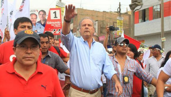 """""""Saludamos ese esfuerzo de Alfredo y seguiremos adelante construyendo el partido"""", declaró Yonhy Lescano. (Foto: Germán Falcón/Archivo El Comercio)"""