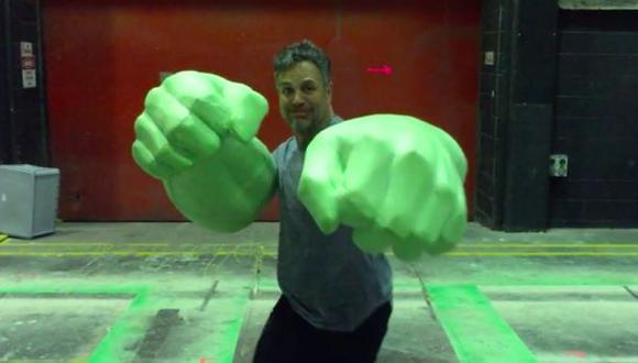 """Mark Ruffalo muestra los puños de Hulk en """"Thor: Ragnarok"""""""