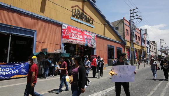 Arequipa: comerciantes realizan movilización en la Plaza de Armas pidiendo el fin de la cuarentena. (Foto referencial: GEC)