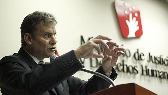 Figallo dice que Yeni Vilcatoma afecta a sistema anticorrupción