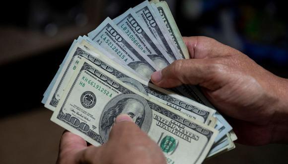 El banco central informó que, en lo que va del año, el billete verde acumula un avance de 8,39% en la plaza local. (Foto: EFE)