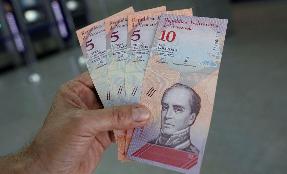 Venezuela: El Gobierno restringe uso de cuentas bancarias venezolanas en otros países. (Reuters).