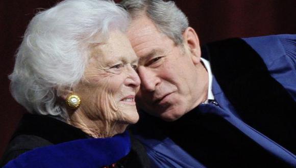 Internan a madre de George W. Bush por problemas respiratorios