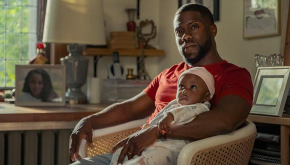 """En """"Paternidad"""", reciente estreno de Netflix, Kevin Hart muestra su vena dramática al encarnar a un viudo que se entrega a la crianza de su pequeña hija. (FOTO: NETFLIX)"""