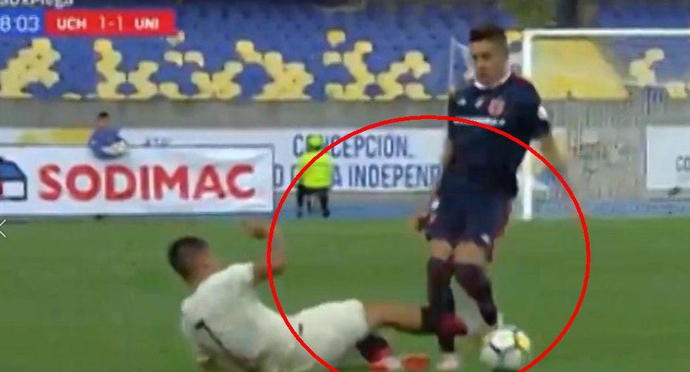 Alejandro Hohberg recibió la tarjeta roja tras una fuerte falta sobre Matías Rodríguez. (Captura).